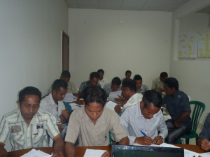 Imagen: Kliente Staff sira tuir treinamento antes atu ba kampo servisu.